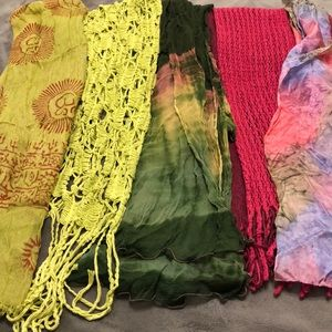 Lot of 5 Fashion Scarves in pinks and greens